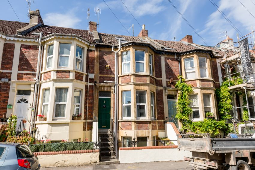 4 bedrooms Warden Road