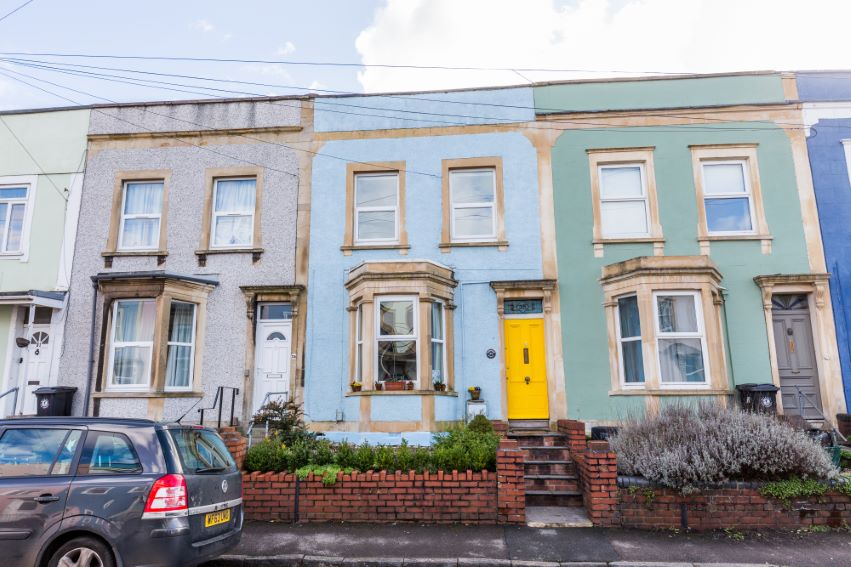 2 bedrooms Richmond St