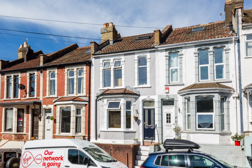 3 bedrooms Ashgrove Road