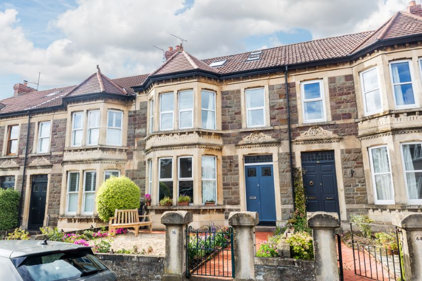 4 bedrooms Calcott Road